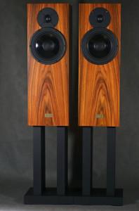 jag-kolumny-hifi-choice-02-660